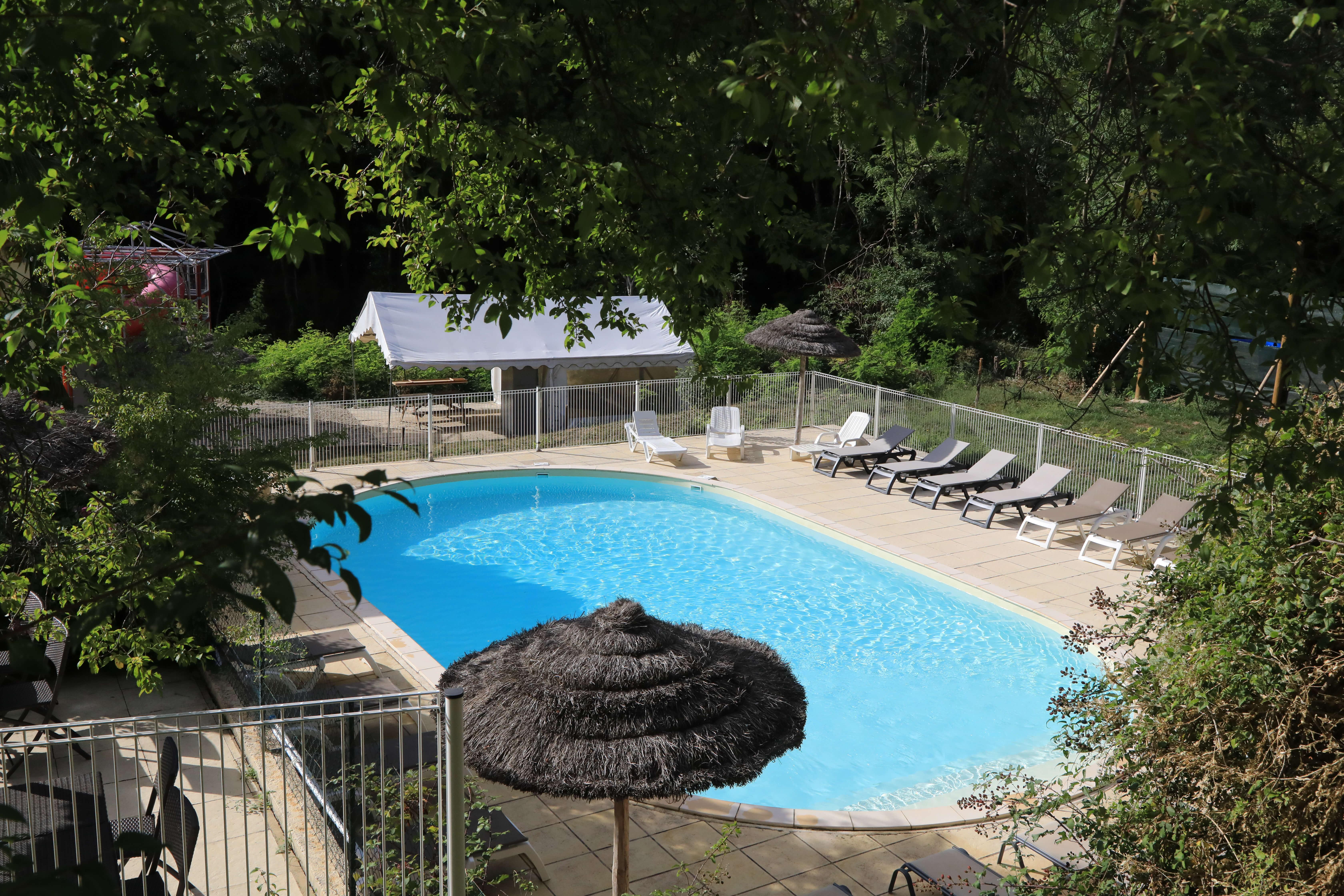 Prestations bar et restaurant de votre camping 3 étoiles en Ardèche