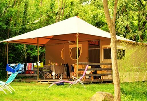 Photo du Grand Lodge du camping au coeur de l'Ardèche